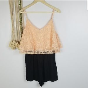 Chloah brand NWOT boutique romper with sp…